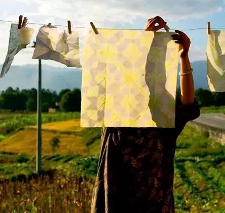 腾冲古法造纸的小清新生活
